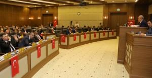 'İstanbul Caddesi raylı sistem ile değerleniyor!'
