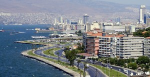 'İzmir'de 313 bin bina kentsel yenileme kapsamında değerlendirilmeli!'