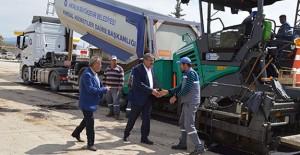 Antalya Korkuteli Çomaklı'da asfalt çalışmaları başladı!