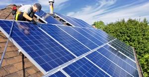 Çatılarda güneş panelini teşvik için düzenlemeye gidiliyor!