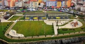 Gaziosmanpaşa'nın 13 bin metrekarelik parkı açıldı!