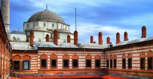 İzmir Kemeraltı'nda tarihi dönüşüm başlıyor!