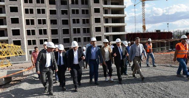 TOKİ Şanlıurfa Maşuk'da 836 konutun inşasına devam ediyor!